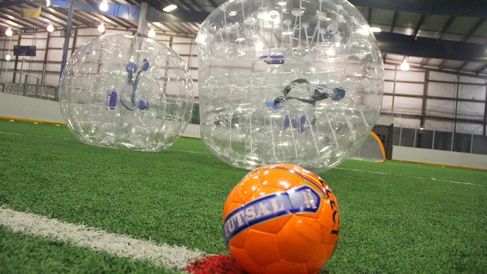 bubblesoccerfeat02